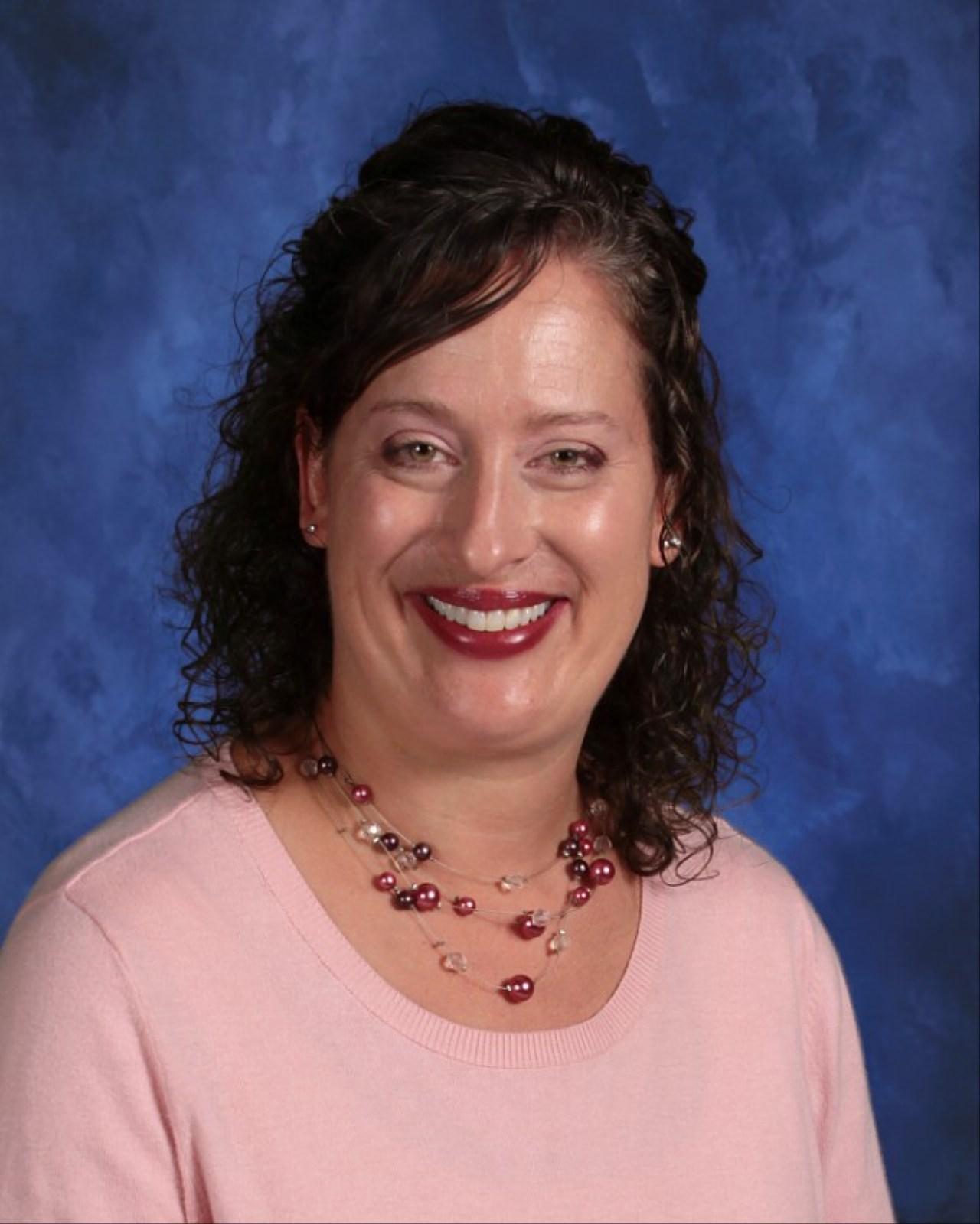 Maggie Lutz