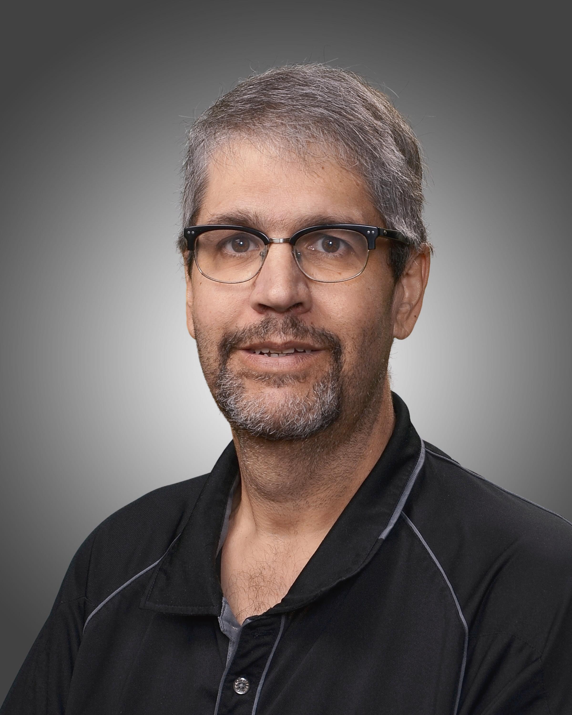 Larry Ravelo