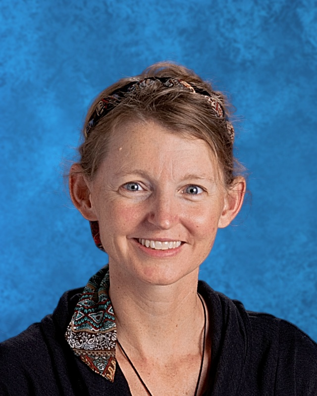Kelli Lovell